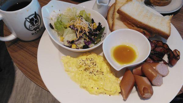 永和區  值得推薦早午餐店Barks咖啡概念館(已歇業) @東南亞投資報告
