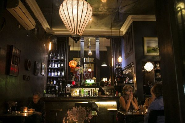 越南河內夜生活何處去?酒吧夜店推薦排行榜 酒吧一條街滿足你Top of Hanoi,The Opera,Blues @東南亞投資報告