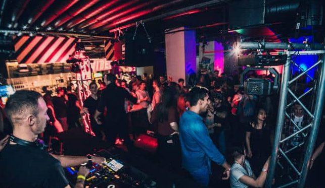 馬來西亞怡保精彩夜生活何處去?夜生活、KTV、夜店、酒吧推薦懶人包整理Vibes,Ohm dance,Berlin's Bier Houz @東南亞投資報告