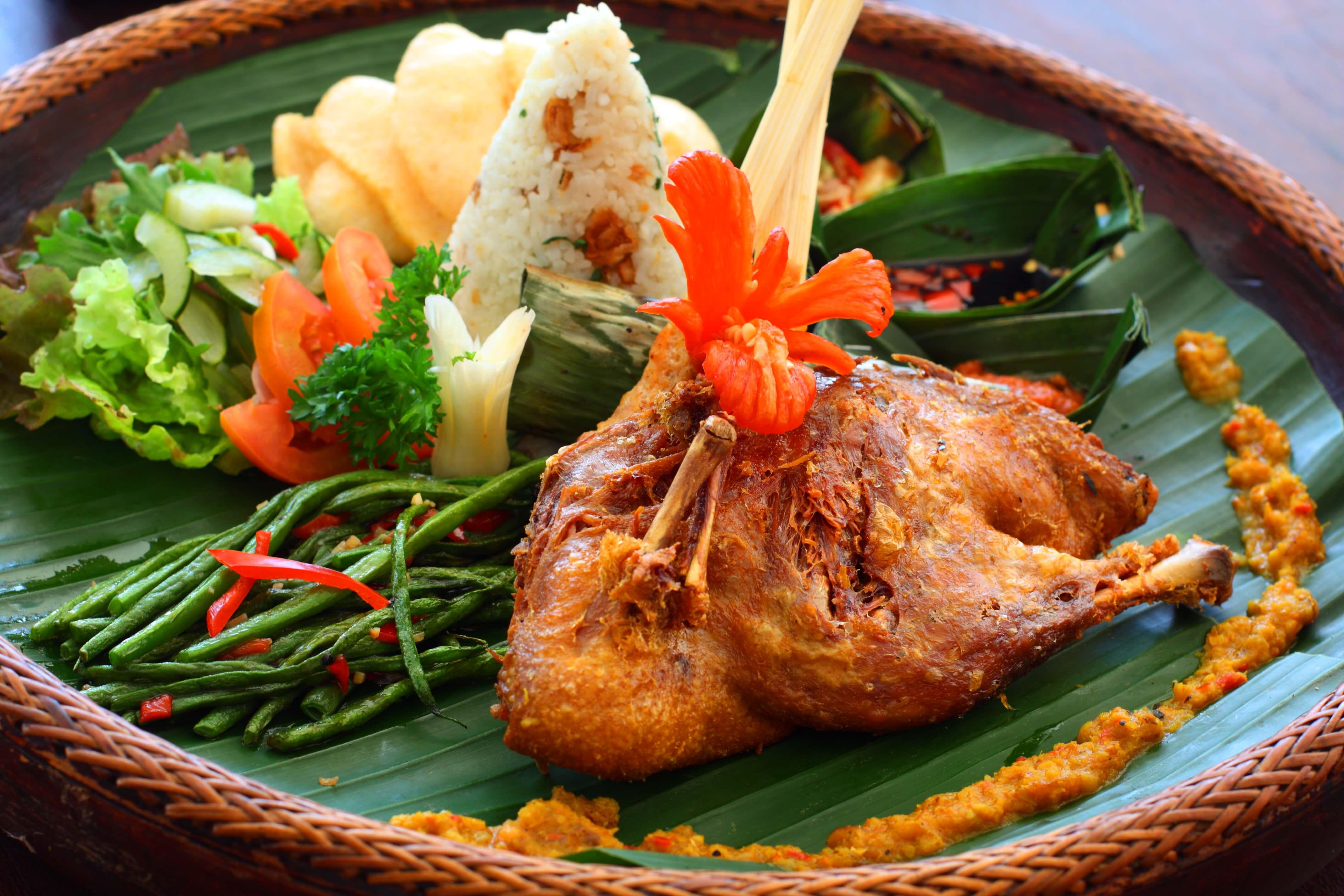 2020   印尼峇里島必吃美食推薦  超人氣特色餐點懶人包整理–加多加多、鴨髒飯、烤豬飯 @東南亞投資報告